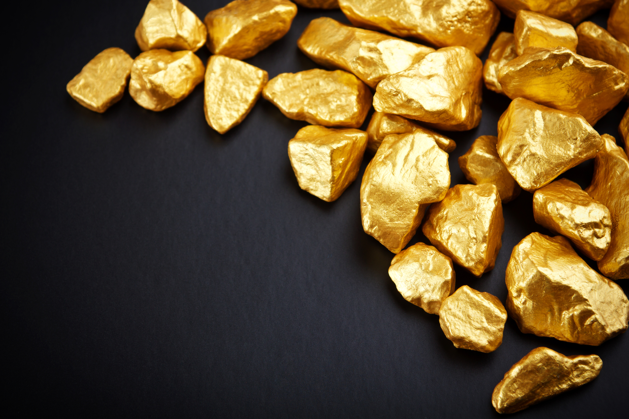 Gold Nuggets - Vitaly Korovin - Depositphotos 11250416 - 2000 1333